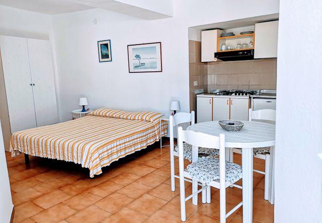 Appartamento a Ponza - Turistcasa - Corso Umberto 109 -