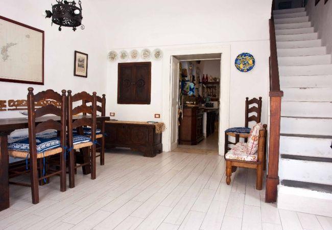 Appartamenti in ponza turistcasa il soldino 46 for Soggiorno a ponza