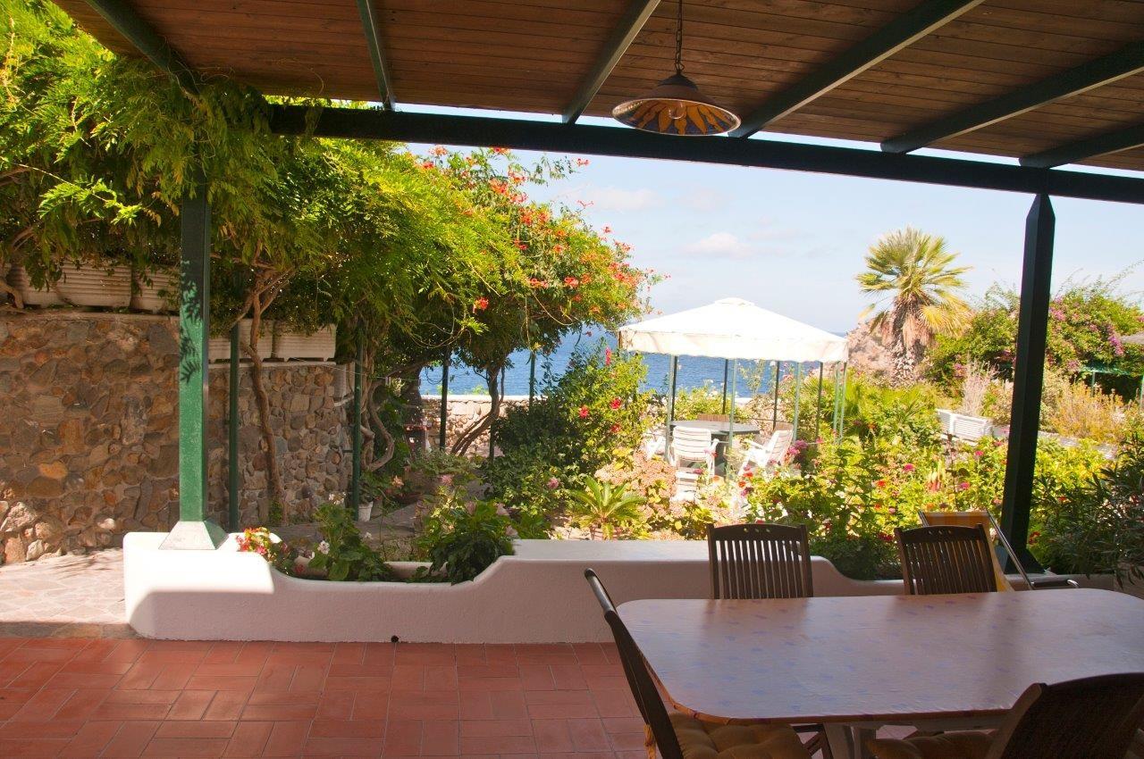 Appartamenti in ponza turistcasa fontana 78 for Soggiorno a ponza