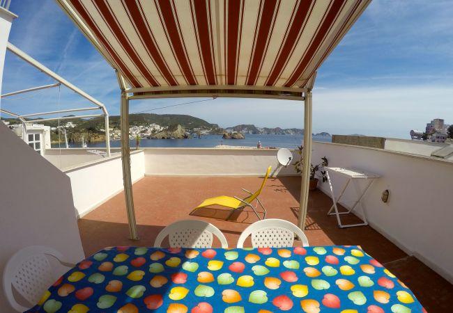 Appartamento a Ponza - Turistcasa - Corso Umberto 81 -