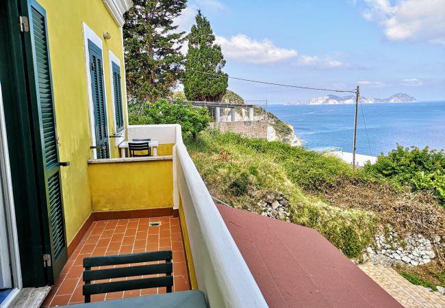 Apartment in Ponza - Turistcasa - Fontana 75 -